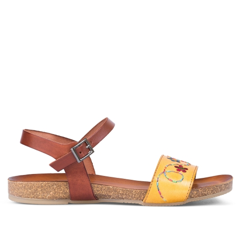 sandalias color mostaza bordadas alexa